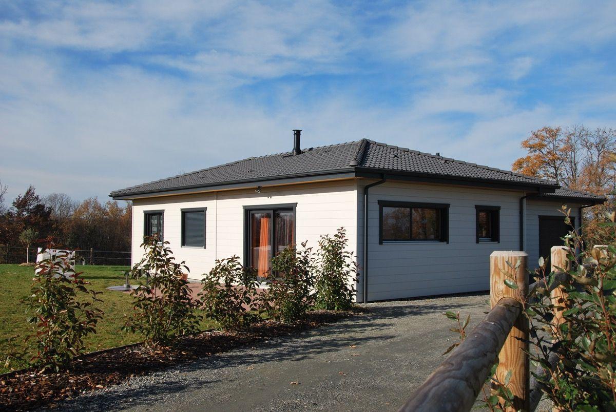 Habitation en bois simpliste