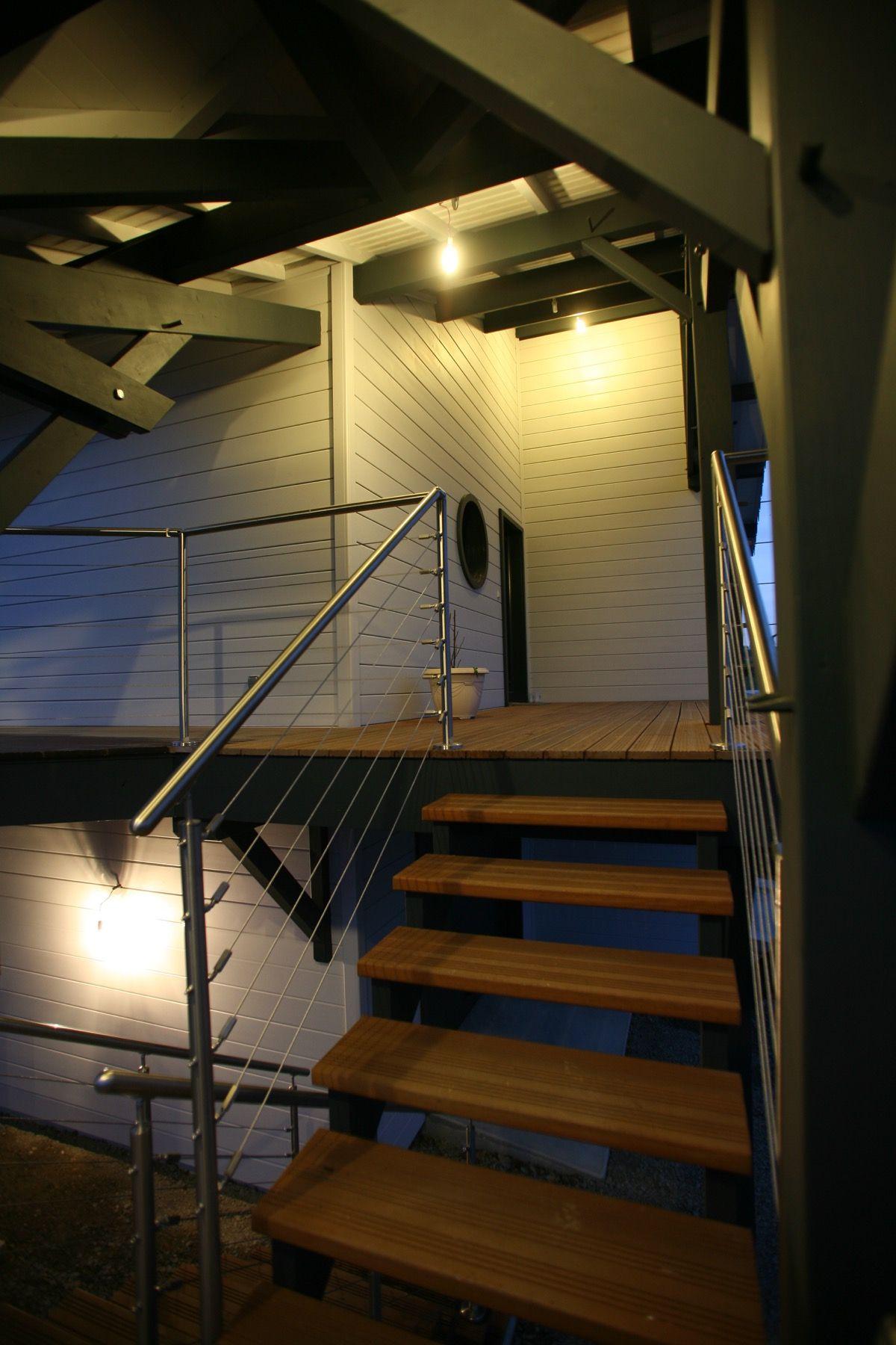 Escalier en bois extérieur