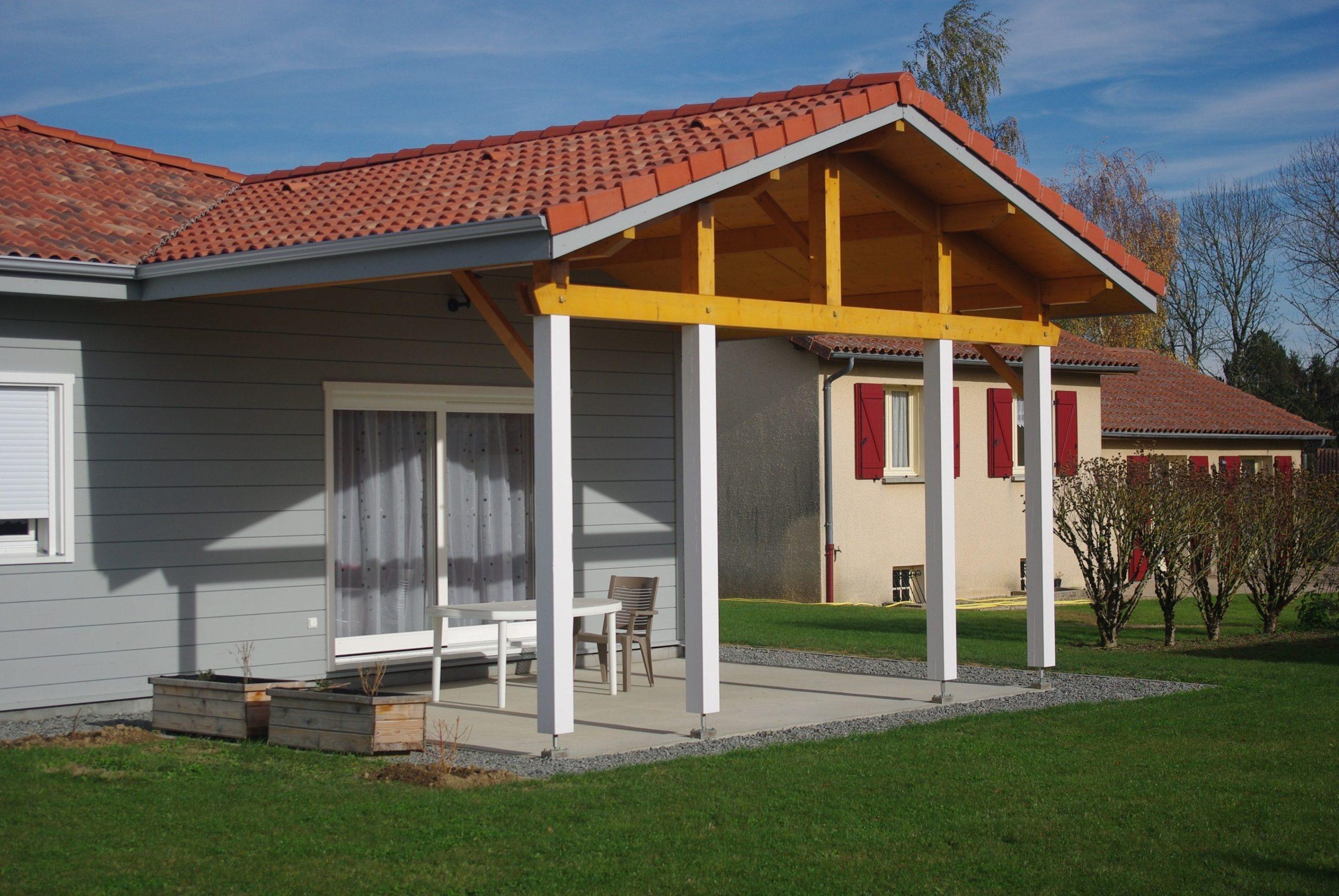 Fin de construction d'une habitation en bois